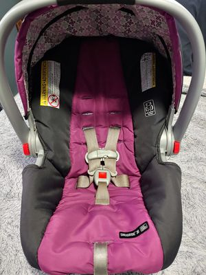 Graco carseat and 2 bases for Sale in Jenison, MI