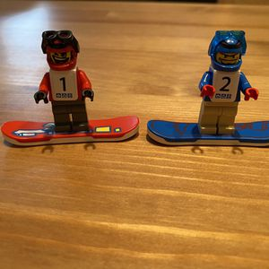 LEGO Snowboard Minifigures for Sale in Alexandria, VA