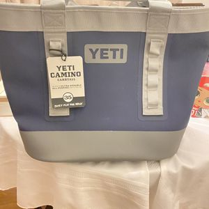 YETI Portable Soft Cooler Navy/Grey for Sale in Modesto, CA
