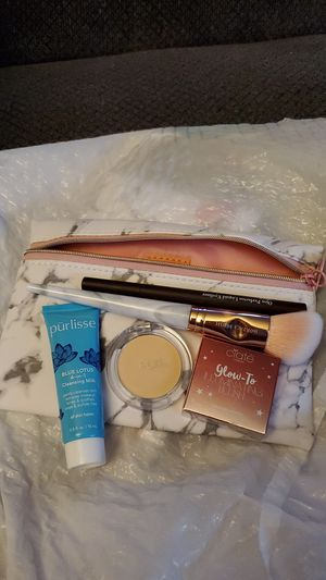 Ipsy bag for Sale in Spanaway, WA