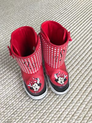 Minnie Mouse snow boots bowtique for Sale in San Diego, CA
