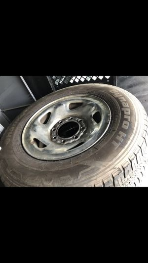 LT 225-75-16 rims with tires Dodge Ford for Sale in Plainfield, NJ