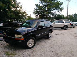 05 Chevy Blazer 4x4 v6 103k miles runs great for Sale in Riverdale, GA