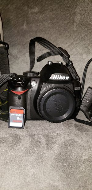 Nikon d3000 bundle for Sale in Philadelphia, PA
