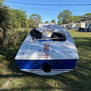 Sweet 16 Donzi hull for Sale in Fort Pierce, FL