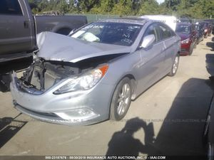 Hyundai sonata parts for Sale in Hialeah, FL