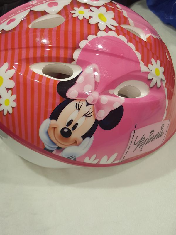 Minnie mouse helmit