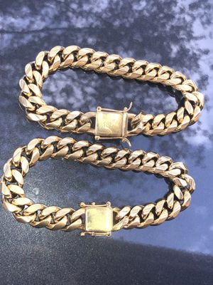 14k gold bonded Miami Cubans chain and bracelet set for Sale in Miami, FL