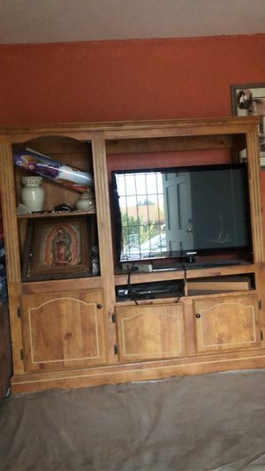TV Stand/Cabinet for Sale in Ceres, CA