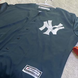 Throwback Baseball Jersey XL for Sale in Phoenix, AZ