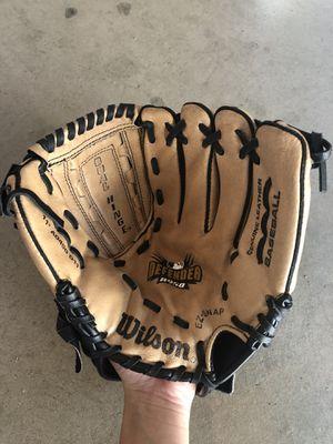 Wilson Baseball Softball Glove A450 11 Inches for Sale in Garden Grove, CA
