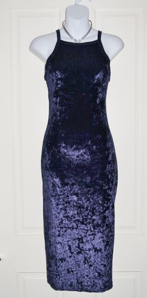 (FREE DELIVERY) *new* dark blue midnight velvet sleeveless bodycon dress (size S) for Sale in North Las Vegas, NV