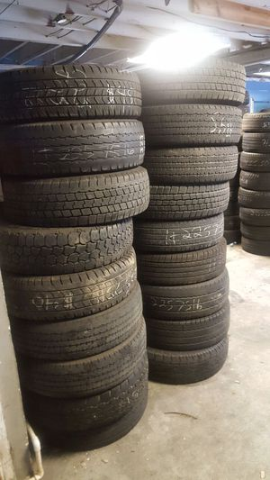 Lt 225 75 16 used tires mount and balance for Sale in Orlando, FL