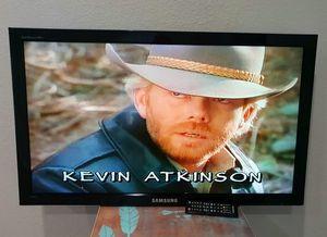 """Samsung TV 40"""" for Sale in Lake Dallas, TX"""