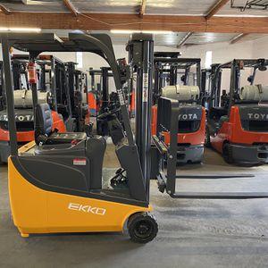 BRAND NEW EKKO Electric 3-wheel Forklift for Sale in La Verne, CA
