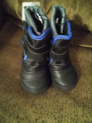 Brand new kids snow boots for Sale in Denver, CO