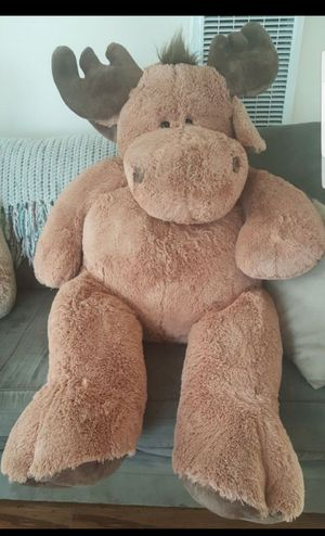 Huge CLEAN 5 Foot Plush Moose Stuffed Animal Kids Toy April Fools Gift for Sale in Redondo Beach, CA