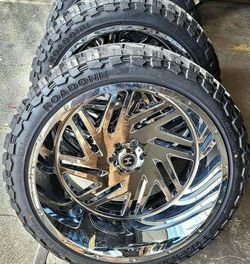 24x12 Chrome HARDCORE Wheels and tires set 35125024 for Sale in Phoenix,  AZ