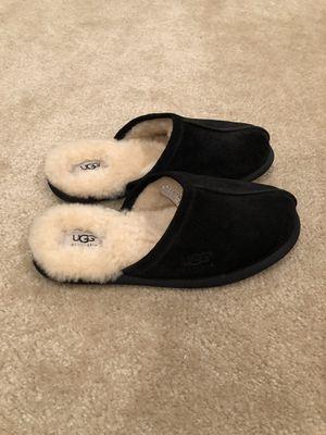 Men's UGG slipper - size 8 for Sale in Fairfax, VA