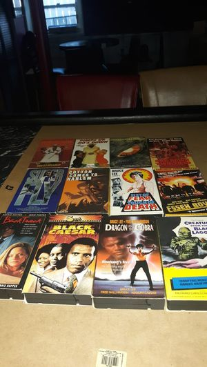 Lot of 12 VHS tapes for Sale in Berwyn, IL
