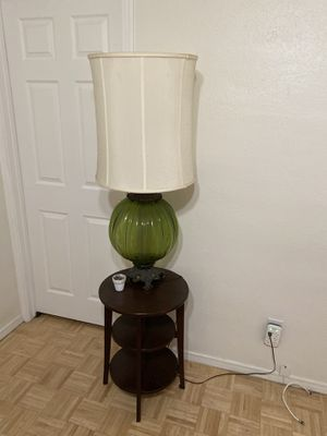 Vintage lamp for Sale in Los Angeles, CA