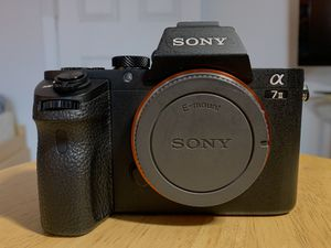 Sony Alpha A7 II Digital Camera - Black (Video Bundle) READ DESCRIPTION for Sale in Revere, MA