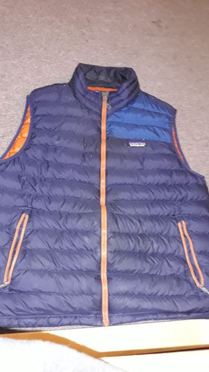 Patagonia Large men puff vest USED for Sale in Seattle, WA