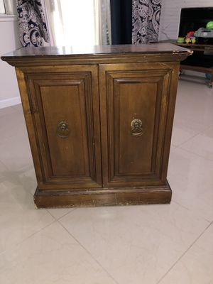 Small wood cabinet with shelf by Butler for Sale in Lathrop, CA