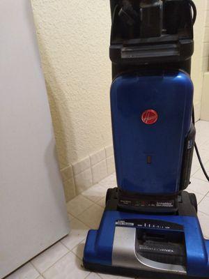 Hoover vacuum for Sale in Fort Lauderdale, FL