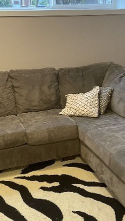 Grey Two Piece Sectional for Sale in Lynnwood,  WA