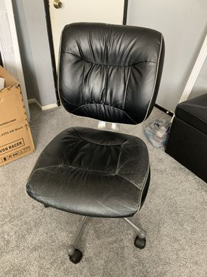 Free office chair for Sale in San Diego, CA
