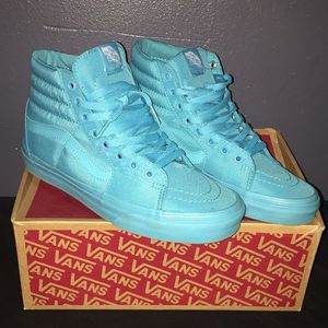 Womens size 6.5 Turquoise high top vans for Sale in Aberdeen, WA