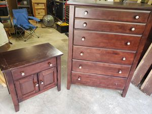 Queen Bedroom Set for Sale in Front Royal, VA