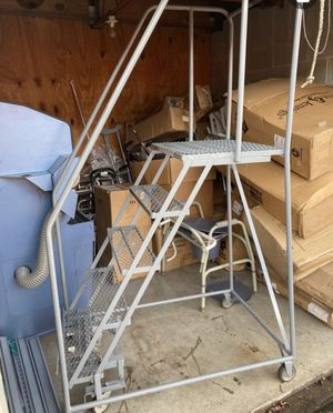 5 step rolling ladder for Sale in Brentwood, TN