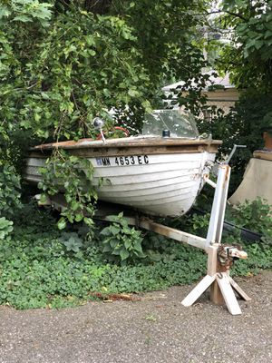 Vintage wooden Boat for Sale in Sioux City, IA