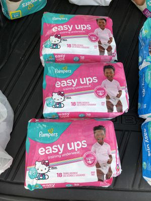 Girls Pampers Easy Ups 4T-5T for Sale in Franklin, MA