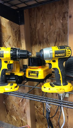 DeWalt drill, impact drill &2 batteries w/ charger for Sale in Englewood, CO
