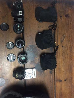 Nikon d3200 Lightly Used w/ 3 lenses. for Sale in Seminole, FL