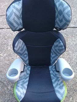 Evenflo Booster Seat *Clean* for Sale in Tualatin,  OR