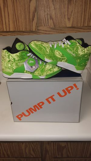 REEBOK PUMP COURT VICTORY FURY!!! ULTRA RARE CRUSHED VELVET!!!! Sz12 for Sale in Pittsburgh, PA