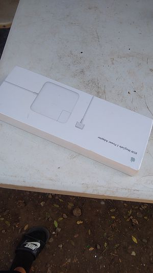 85Wmagsafe 2 power adapter for Sale in Gardena, CA