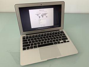 MacBook Air 11in for Sale in Miami, FL