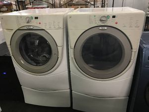 WHIRLPOOL FRONT LOAD WASHER AND DRYER SET (GAS) for Sale in Pasadena, TX