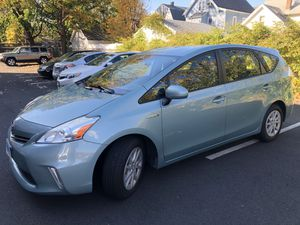 2013 Toyota Prius V for Sale in CT, US