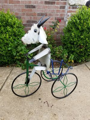 Goat Metal Plant Stand (Yard Art) for Sale in Wylie, TX