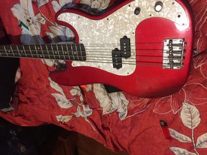 Slammed hammer bass electric guitar used best offer for Sale in Ansonia, CT