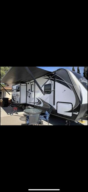 2017 Grande Design Imagine 2560RK for Sale in Las Vegas, NV
