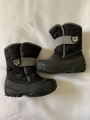 kid's waterbug snow boots. size 10, like new. for Sale in Miami, FL