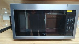 Whirlpool Microwave oven for Sale in Bakersfield, CA