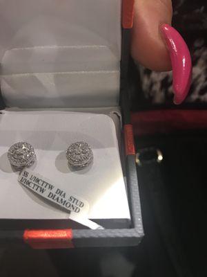 Earrings for Sale in Columbus, OH